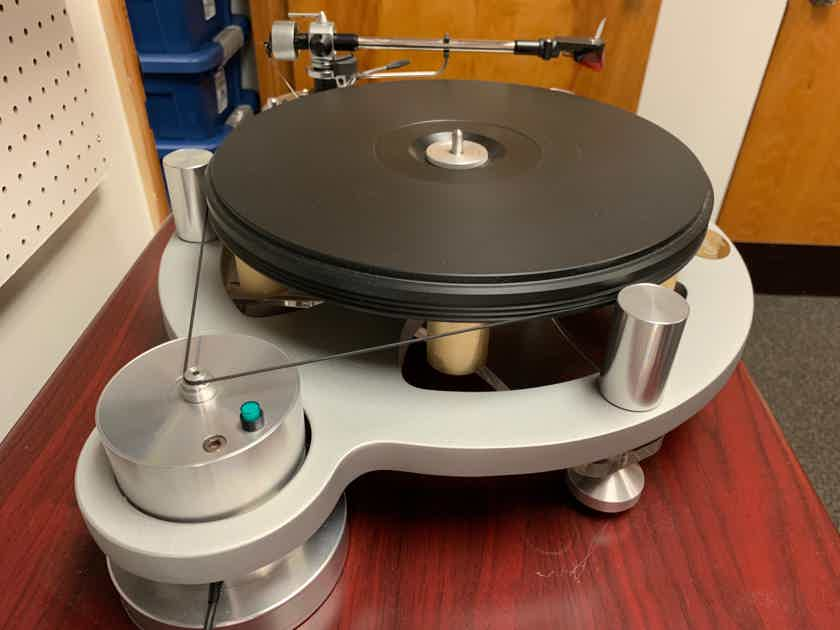 Michell Engineering Gyro SE (230V UK Version) with SME M2-9, Ortofon 2M Red