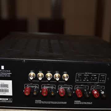 Parasound 5125 - 5 Channel Amp