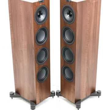 Q550 Floorstanding Speakers