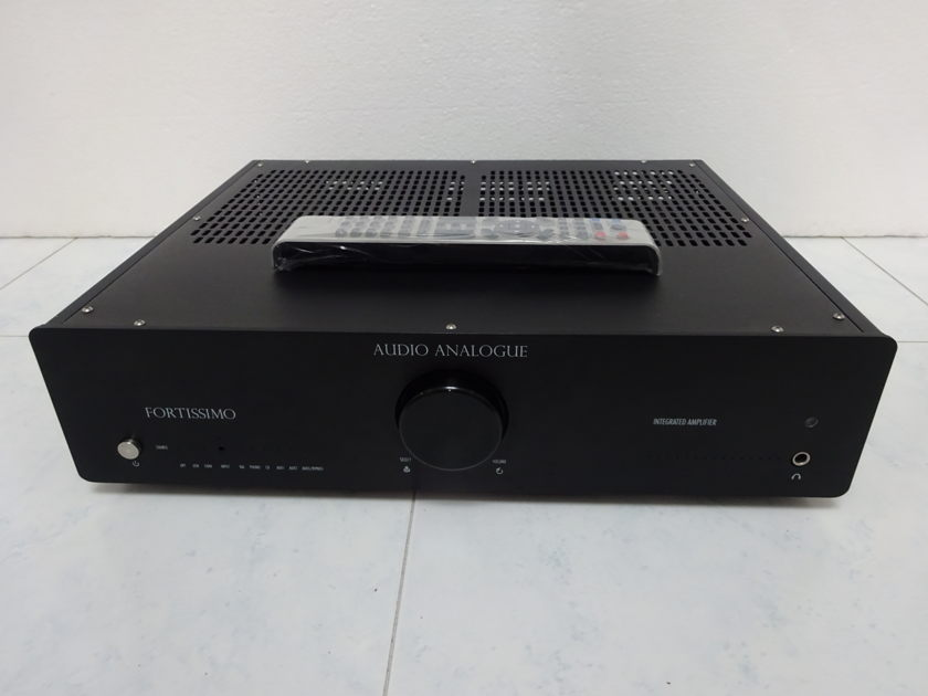 Audio Analogue  Fortissimo Integrated  - Free shipping (220V-240V @ 50/60Hz)