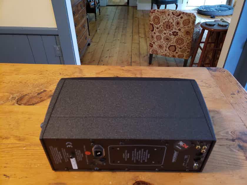Meridian DSP-33 Pair Powered Home Theater Digital Speakers