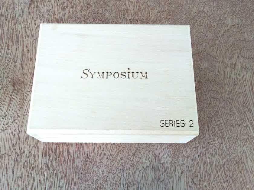 Symposium Acoustics Rollerblocks