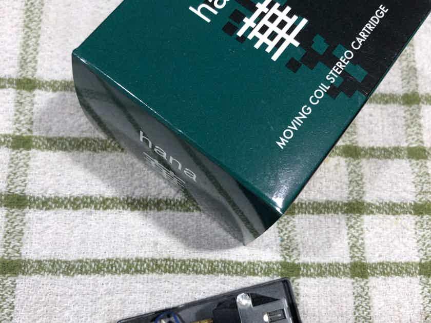 Hana SL no more than 5 hours        price inc shipping Canada/ USA