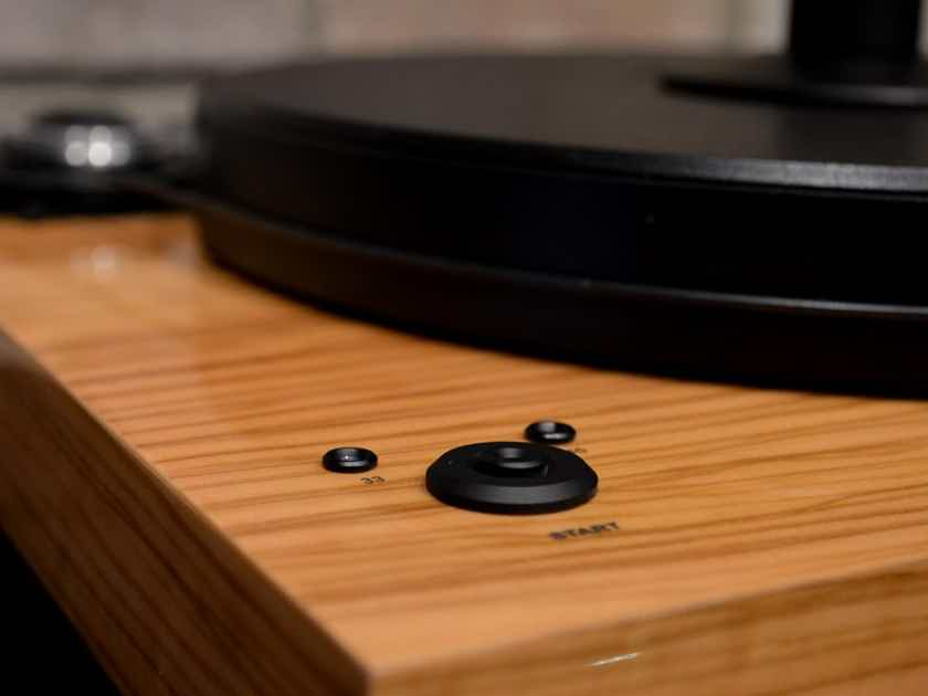 Pro-Ject Audio Systems 2Xperience SB Turntable - Gloss Olivewood w/ Sumiko Blue Point #2 Cart.