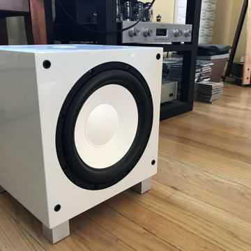 REL Acoustics T 7