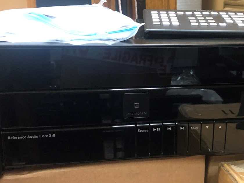 Meridian 818v3  Reference Audio Core Preamplifier Dac,  Roon Endpoint