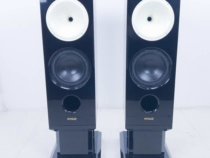 Sunny Cable Technology H2W8  Speakers; Pair; White Horns (3058)