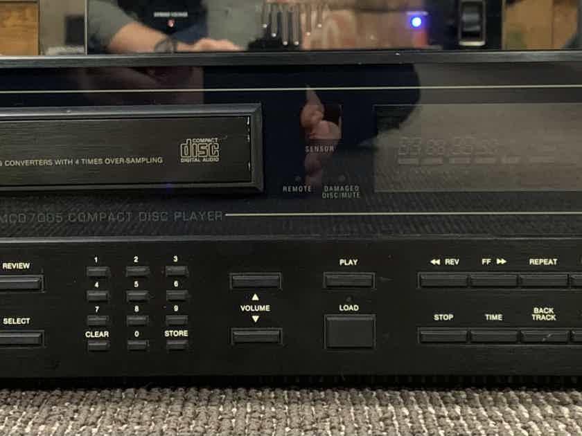 McIntosh MCD-7005