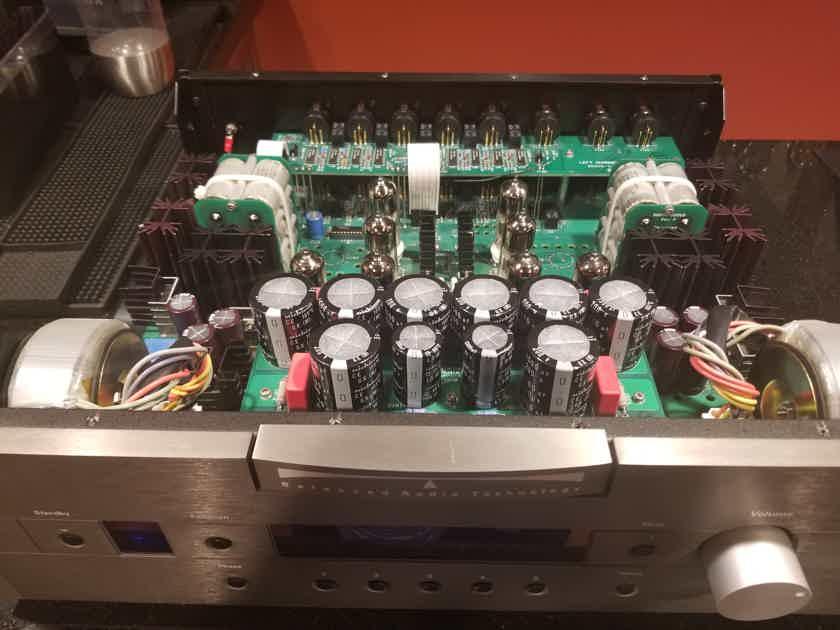 Balanced Audio Technology BAT VK-50SE Tube Preamp 6H30 Reflektor **Recapped**