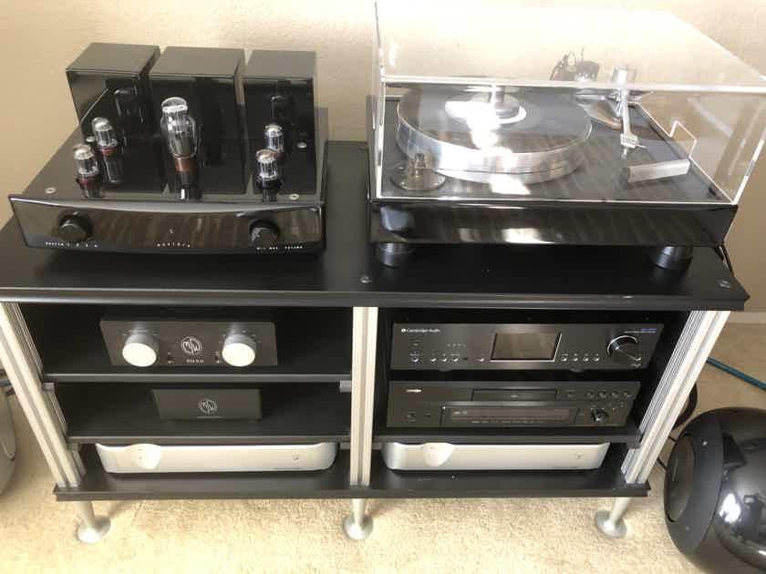 Cambridge Audio  Azur 851n (DAC/Preamp/Streamer)