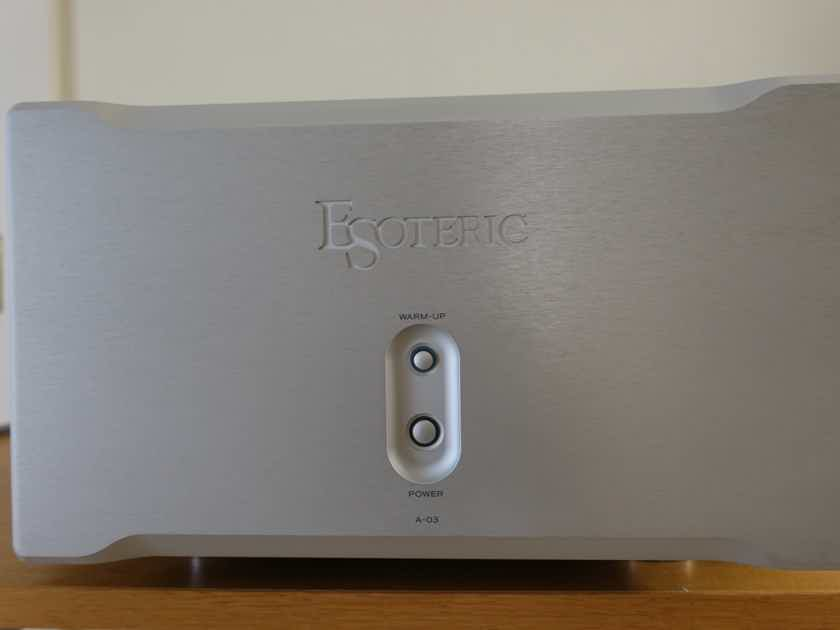 Esoteric A-03