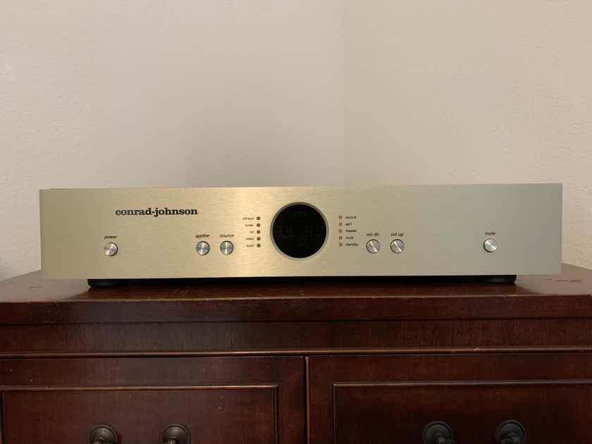 Conrad Johnson ET3SE with Low Gain Phono