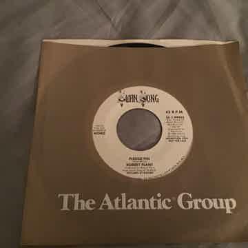 Robert Plant Promo Mono/Stereo 45 NM  Pledge Pin