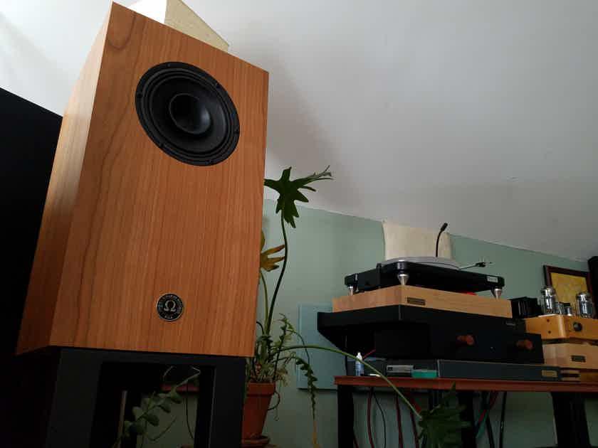 Omega Speaker Systems Super Alnico Monitor