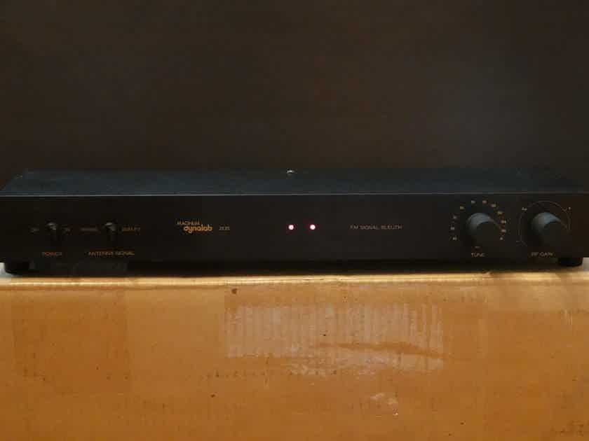 Magnum Dynalab MD 205 Signal Sleuth FM Amplifier