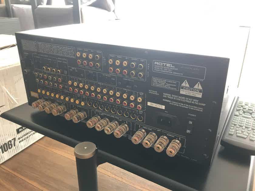 Rotel RSX-1067 Surround Sound Receiver