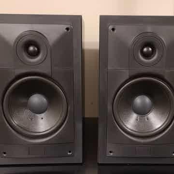 Sonab C12 Loudspeakers. Isobarik.