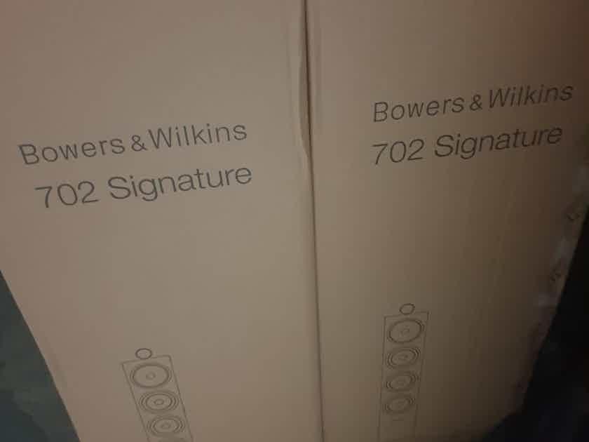 B&W (Bowers & Wilkins) 702 Signature