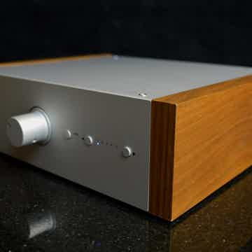 Pro-Ject Audio Systems Pre-Box DS2