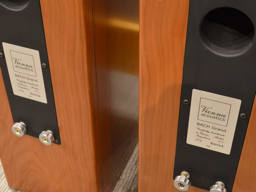 Vienna Acoustics Bach Grand - Floorstanding in Cherry Finish