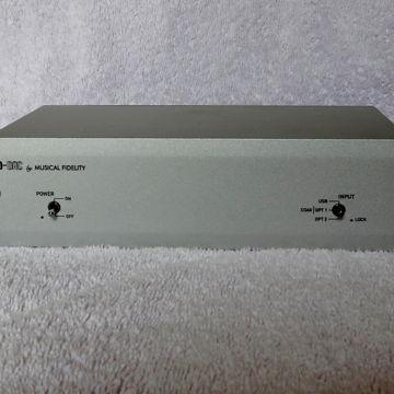 V90-DAC