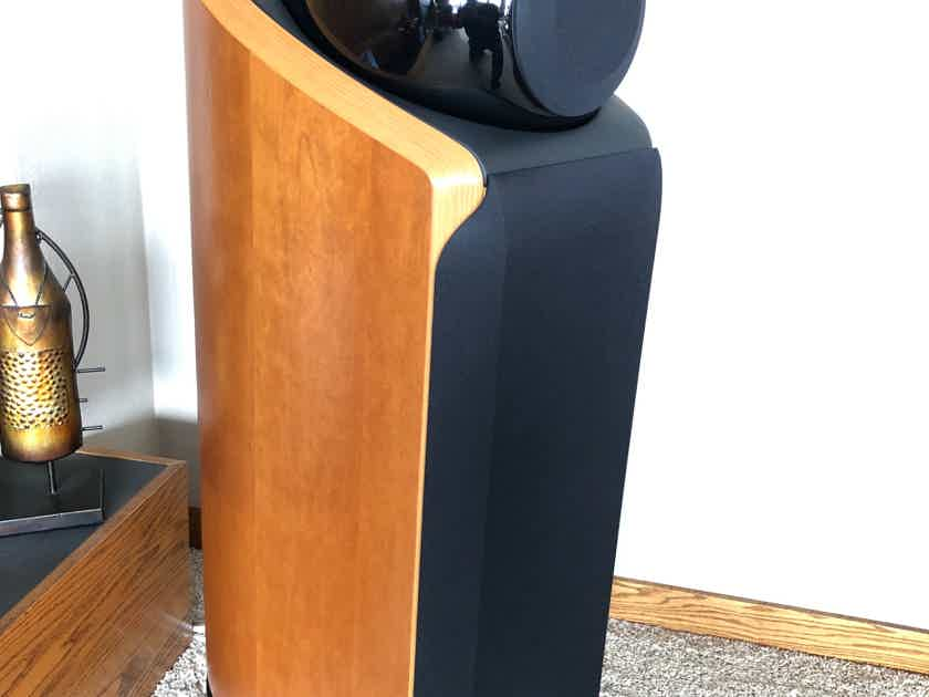 B&W (Bowers & Wilkins) 802 Diamond, Natural Cherry, Excellent Condition