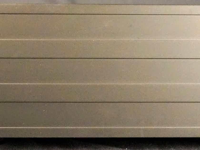 Lyngdorf Audio MP-50