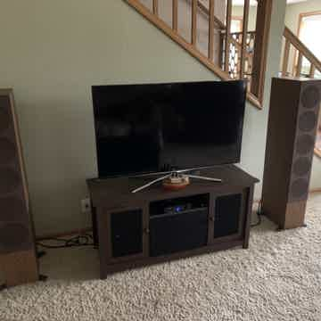KEF R11 Speakers Walnut Factory Matched Pair MINT