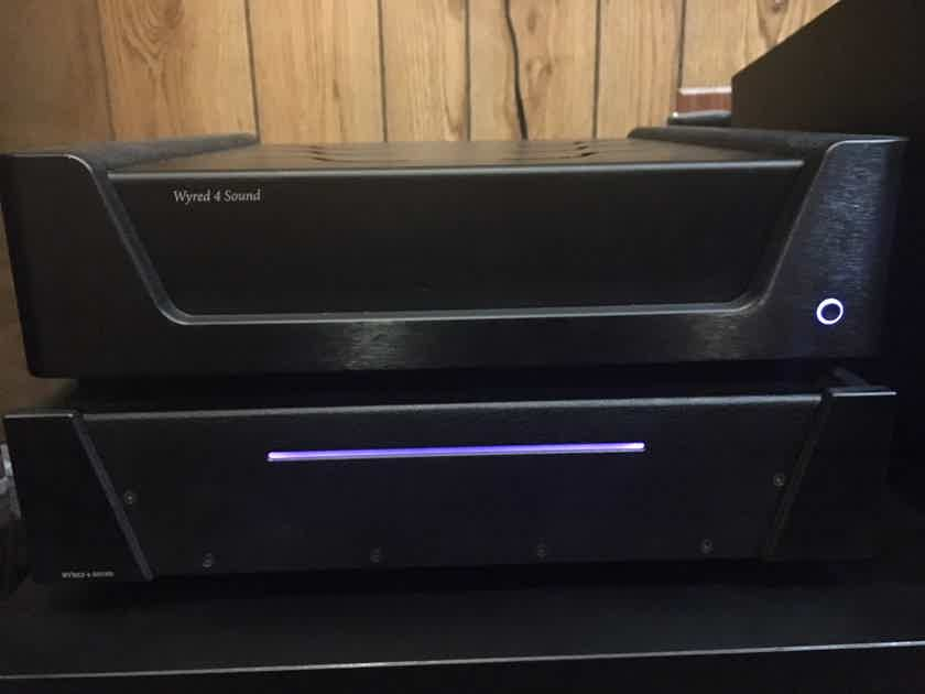 Wyred 4 Sound ST-1000 stereo amp