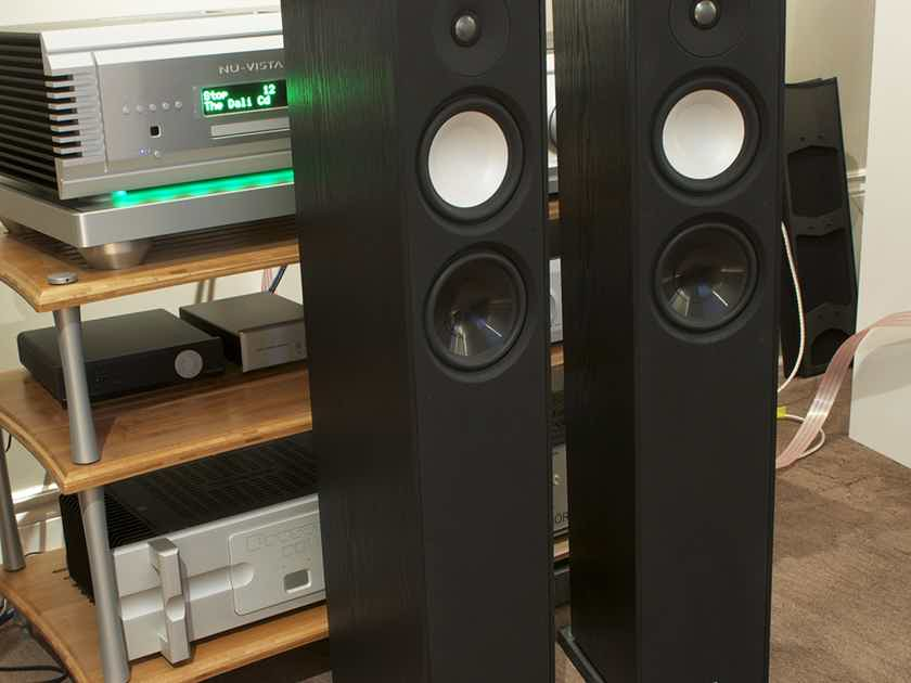 PARADIGM  Monitor 7 V7 Floor Standers SEE PHOTO