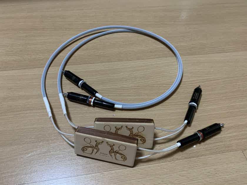 Viking Acoustics Gottenburg Master Silver RCA Interconnects 1m