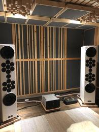 shalommorgan's dedicated listening room