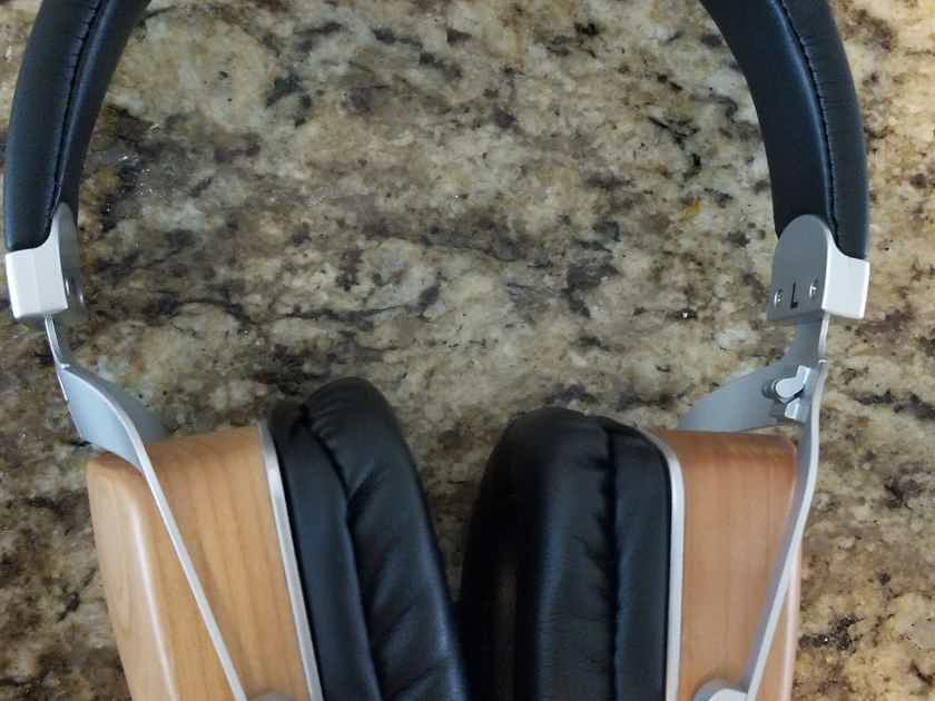 Mitchell & Johson MJ2 Hybrid Electrostatic Headphones