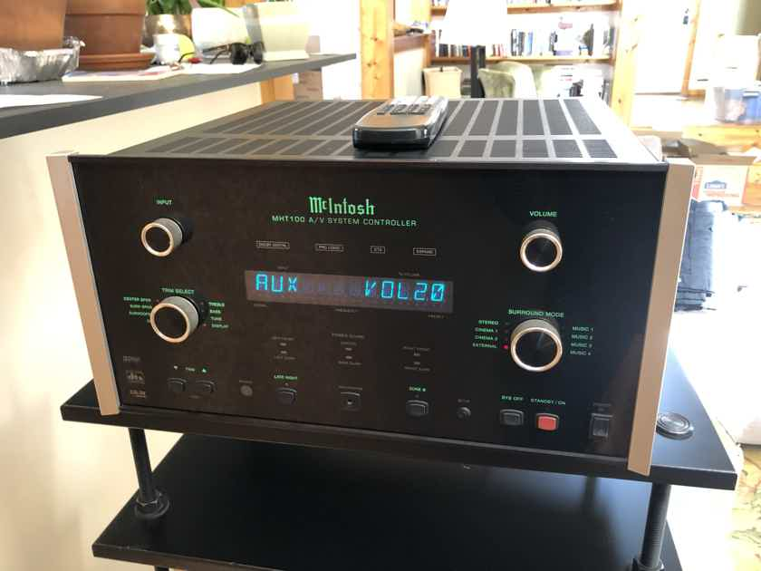 Mcintosh Labs MHT-100 with Transparent Audio Cable