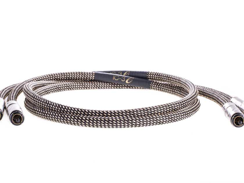 Audio Art Cable IC-3 e  See the new e Series Review at The Sound Advocate!