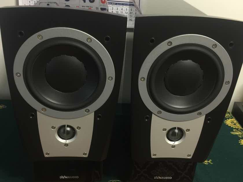 Dynaudio Confidence C1 II Speakers & stands