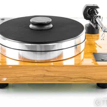 Pro-Ject Xtension 10 Belt Drive Turntable; 10cc EVO Carbon Tonearm; 1