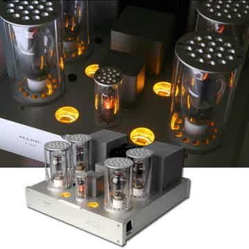 Allnic Audio A6000 Monoblock Amplifiers
