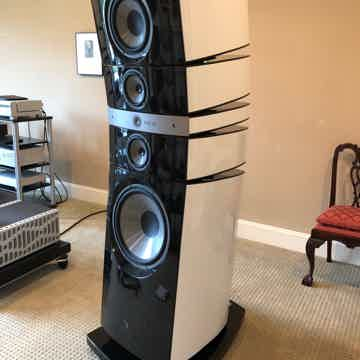 Focal  Grande Utopia EM Recent Build