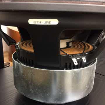 "JBL Synthesis THX Certified Subwoofer............ HTPS-400 12"" Woofer"
