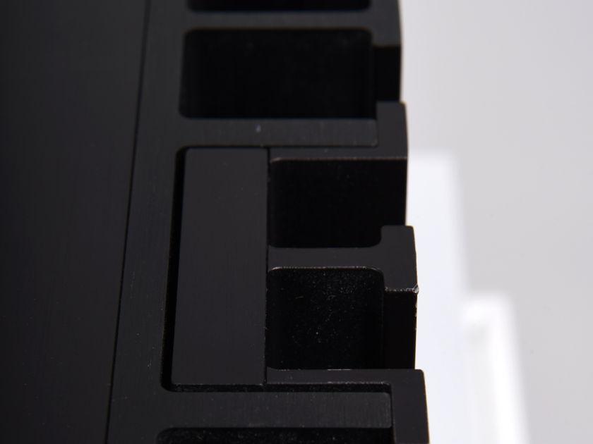 Mark Levinson 331 Stereo Power Amplifier