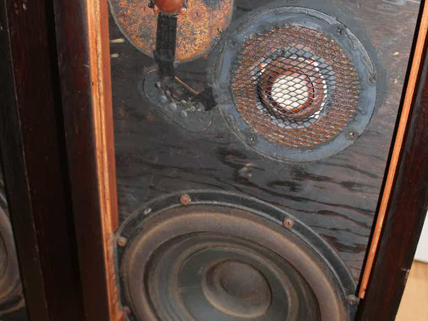 Vintage Matched Pair AR3 Speakers All Original w/ Consecutive Serial Numbers