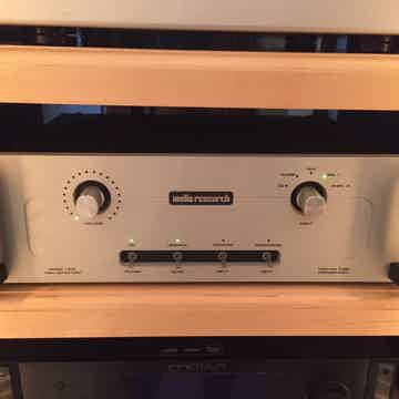 Audio Research LS-16 mkII