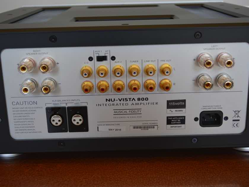 Musical Fidelity NuVista 800 Hybrid Tube Integrated Amplifier -- Fantastic Condition