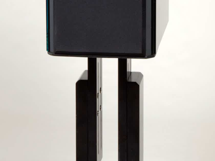 Reference 3A REFLECTOR pinnacle & finest monitor under $20,000 incredibly accurate, detailed Full sound