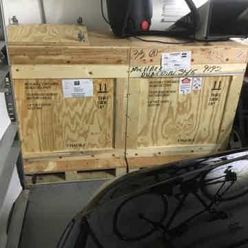 VTL MB 750's Black Fresh From VTL with 3 sets of tubes