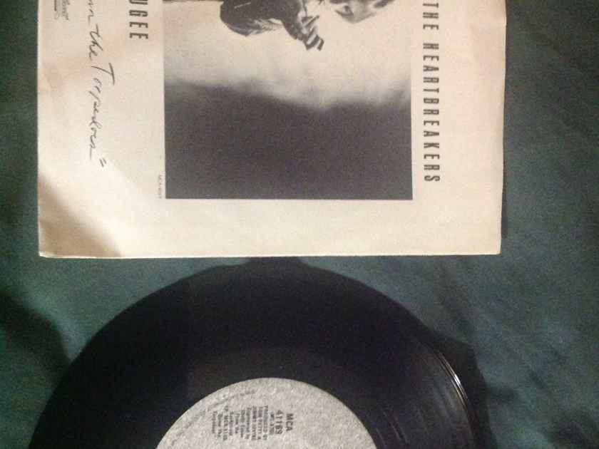 Tom Petty - Refugee/It's Rainin Again Backstreet Records 45 Single With Picture Sleeve Vinyl NM
