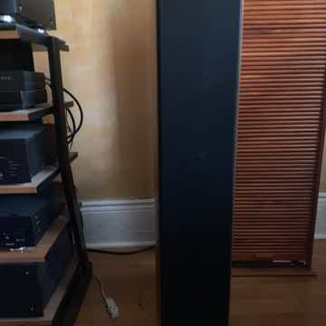 Bowers and Wilkins 804