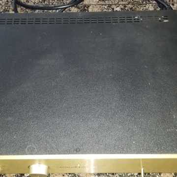 Conrad Johnson  Classic 1 se with low gain phono stage