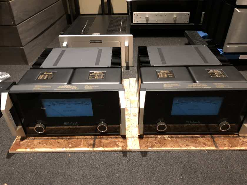 McIntosh MC-601 2 pairs available excellent conditiont!!!